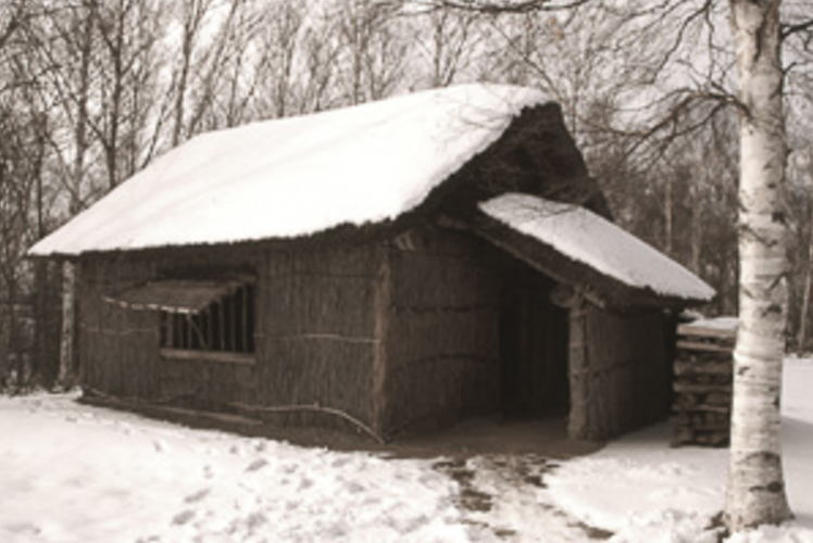 An early pioneer hut reconstructed in Hokkaido (北海道の開拓小屋)