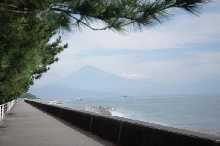 Mt. Fuji in October, as seen from Miho no Matsubara.